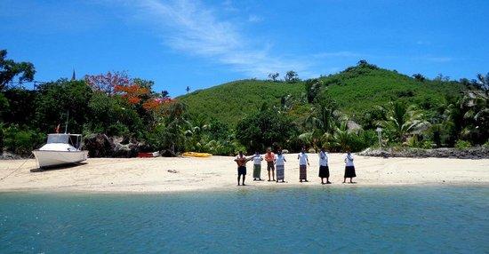 Navutu Stars Fiji Hotel & Resort: Welcoming committee