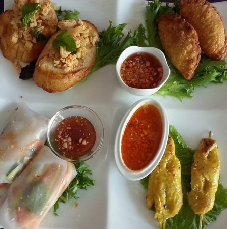 PEARL AND PLOY THAI FUSION RESTAURANT: Starter Platter