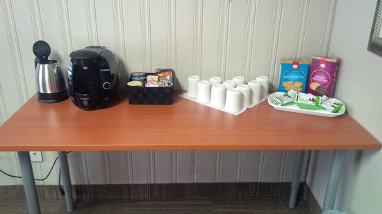 The Mohawk Inn & Conference Centre: Boardroom Refreshments