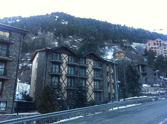 Hotel Princesa Parc : Hotel block