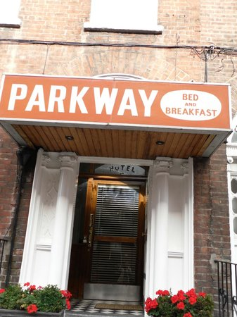 Parkway Guesthouse: hotel