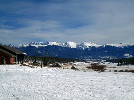Snow Mountain Ranch: Great view of the Rockies!