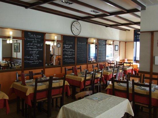 Au Mouton Blanc: Salle de Restaurant