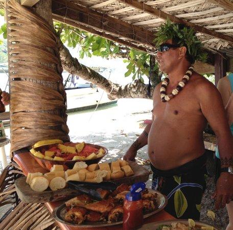 Marc's Picnic Island Motu Tour : Armando was our host.