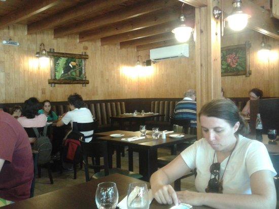 Aqva Restaurant: Ambiente aconchegante.