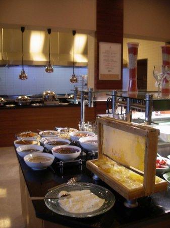 Hilton Garden Inn Sanliurfa: Breakfast is ready!