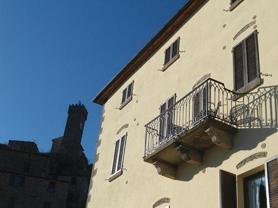 Residence Il Ciliegio: Il balcone da cui ci siamo affacciati