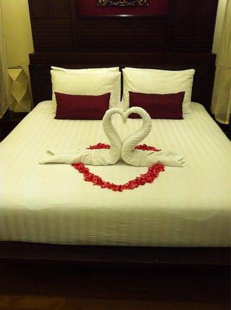 Kirikayan Luxury Pool Villas & Spa: Main bedroom