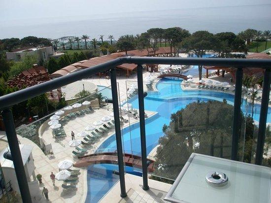 Cornelia De Luxe Resort: Вид с балкона