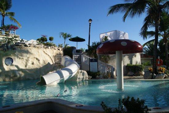 Cofresi Palm Beach Spa Resort Kids Pool Right By Club