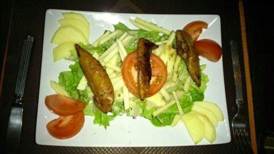 Hotel Concorde: Salade fermière!