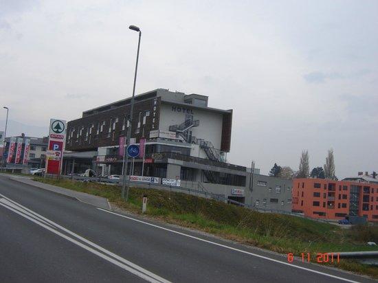 Hotel Veter: hotel