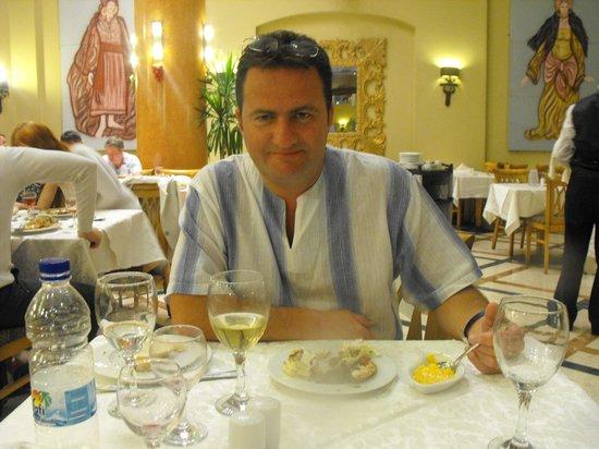 Nubian Island Hotel: Great food at main restaurant