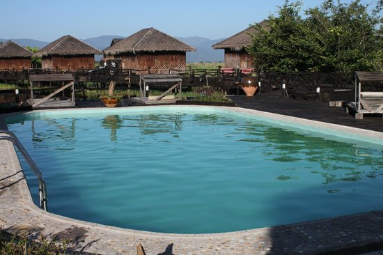 Shwe Inn Tha Floating Resort: the Swimming Pool at the Resort