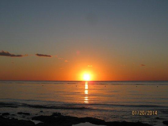 Iberostar Cozumel: Beautiful sunsets here