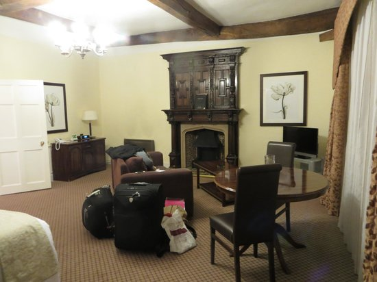Thurnham Hall : Our lounge area