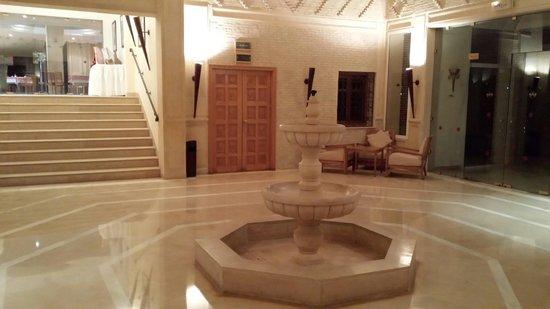 Hotel Ras El Ain Tozeur : The lobby