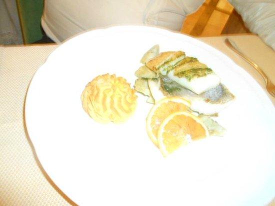 Hotel Ladinia : Pesce al forno