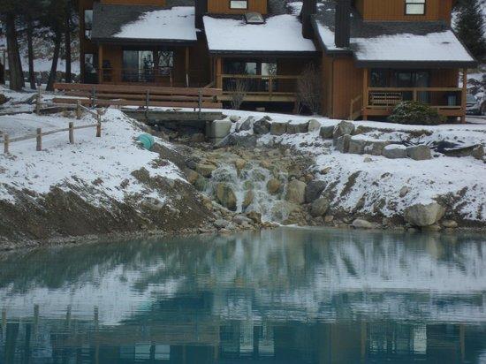 Fairmont Mountainside Vacation Villas : Water ponds year round