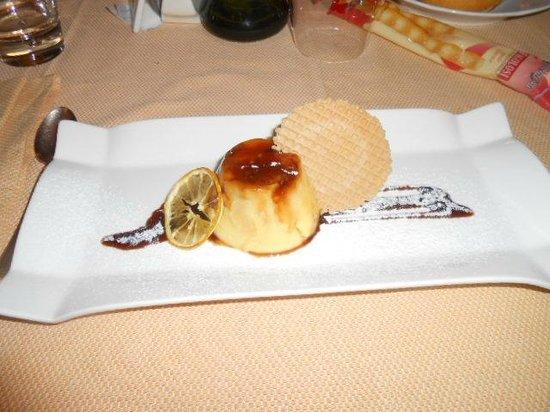 Hotel Ladinia: Crem caramel