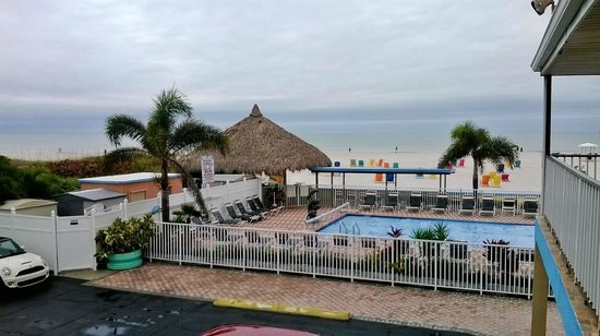 Plaza Beach Hotel - Beachfront Resort: las areas sociales