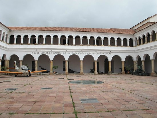 Military Historical Museum of the Nation: Museo - Antiguo Convento de San Francisco - designado 1° cuartel por Sucre