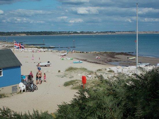 Beachside Bed & Breakfast: Nearby Beach - 15 mins walk/ferry