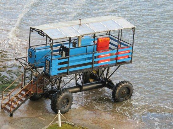 Burgh Island Hotel : Sea Tractor