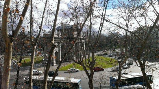 Hotel Hospes Puerta de Alcala: puerta de alcala
