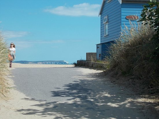 Beachside Bed & Breakfast: Mudeford Sanbank