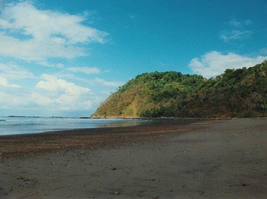 Hotel Pochote Grande : Bucht von Jaco gegen Norden