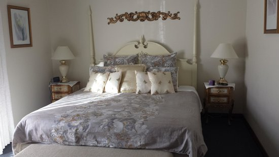Tranquilles Luxury Spa B&B Guest House: Provence Room