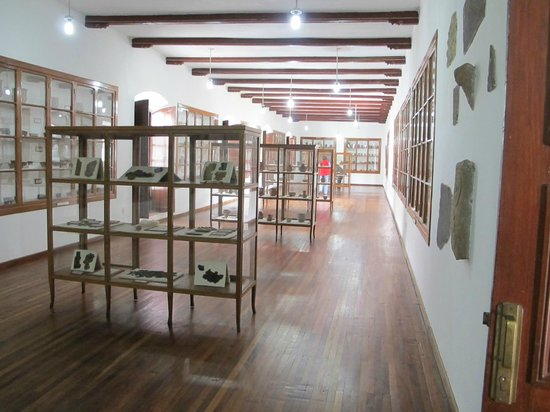 Museo Charcas (University Museum Colonial & Anthropological): Sala Cerámica
