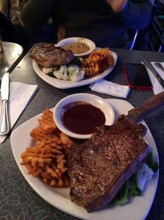 Ellen's Stardust Diner : Steak!!