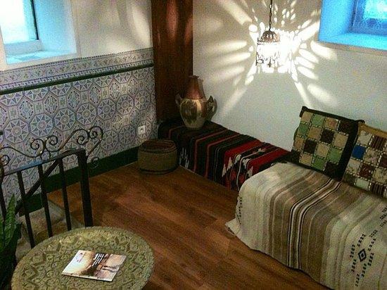 Le Longcouchant : Coin salon / Chambre Sarrasine