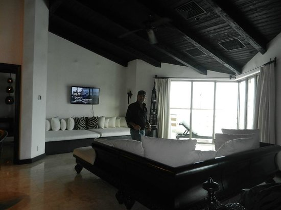 Cabo Azul Resort: Living Room - Grand Penthouse #6601