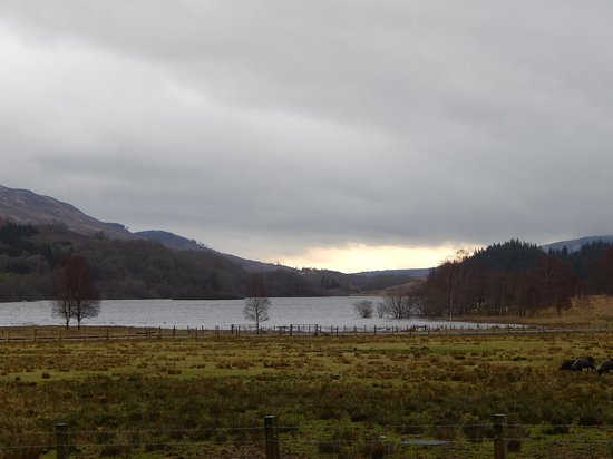 Loch Achray Hotel: View from front of hotel