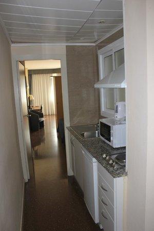 Atenea Calabria Apartaments : Cocina