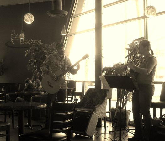 Cafe Boheme : Great local Talent Sarah Zermani