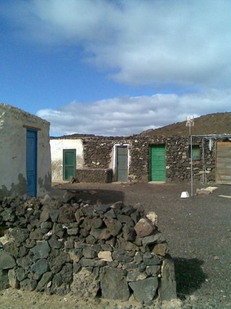 FuerteCharter: Isla de Lobos old houses