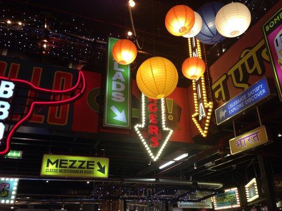 Za Za Bazaar: Lights