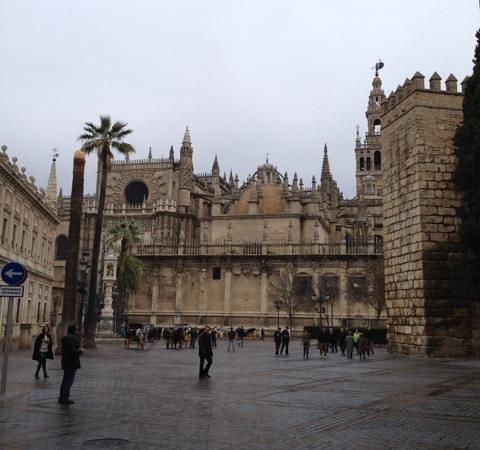 Barrio Santa Cruz : catedral de Sevilha. Magnífica!!!