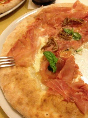 Fiore di Latte: Prosciutto and Fig Pizza