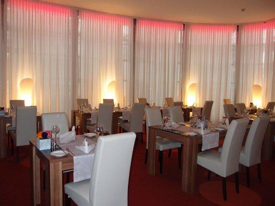 Park Plaza Wallstreet Berlin Mitte: Main Restaurant
