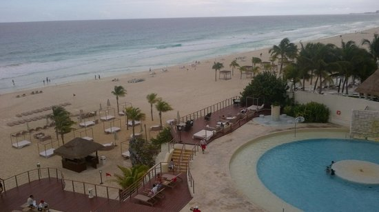 Sunset Royal Beach Resort : View from my windows