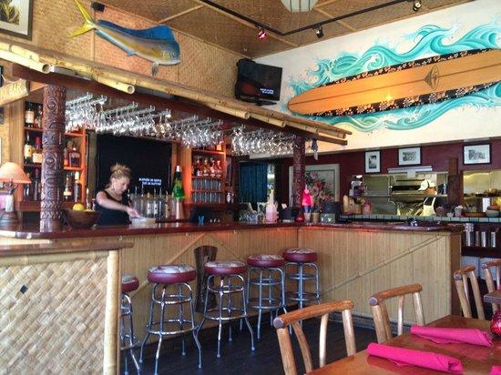 Hula's Island Grill : HULA'S