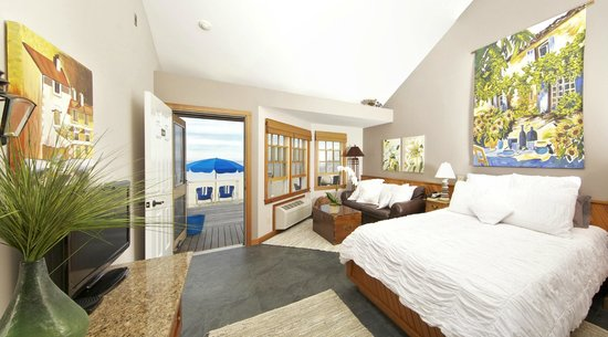 Cliffside Beach Club: Ocean View Room