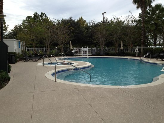 Hilton Garden Inn Orlando at SeaWorld: Pool