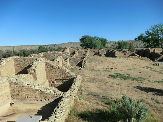 Aztec Ruins National Monument: view of ruins