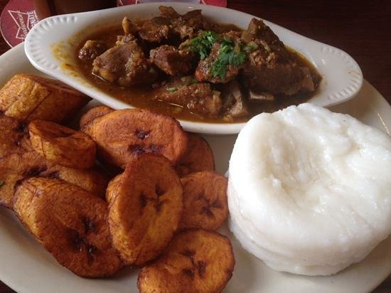 Swahili Village : goat stew with plantains and mashed corn